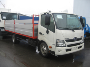 HINO 300 XZU710L до 7,5т