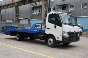 HINO 300 XZU720L до 7,5т. Ломаная платформа