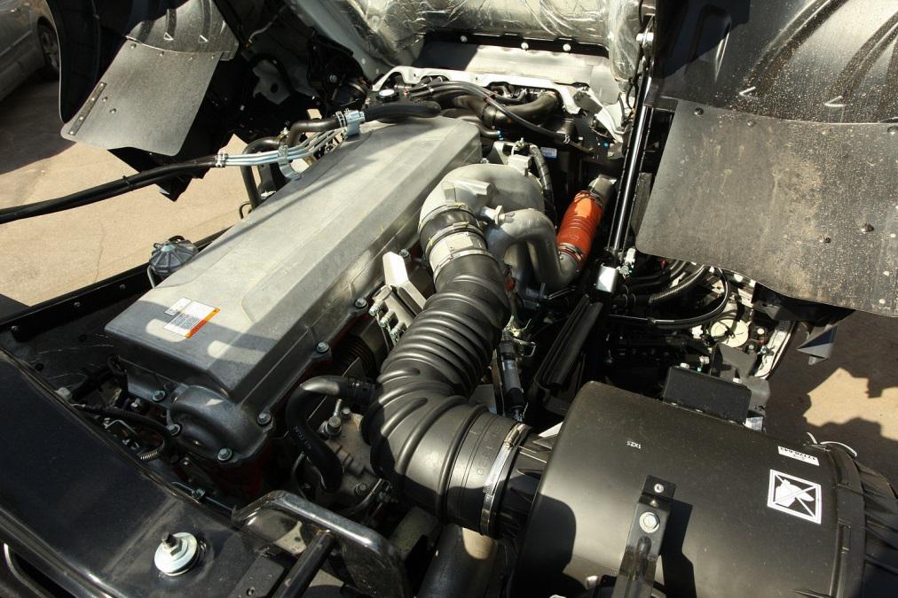 Обслуживание двигателей грузовиков HINO