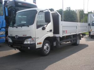 Бортовой фургон HINO 300 XZU600L до 3,5т